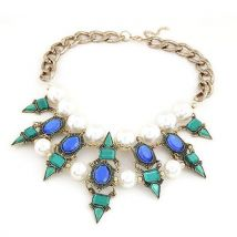 Punk Luxurious Jewelry Resin Pearls Inlay Rivet Pendant Collar Necklace