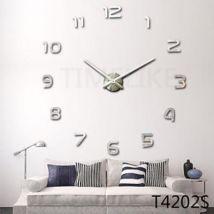 Horloge murale de style contemporain en acrylique et métal Argent - Autre gadget
